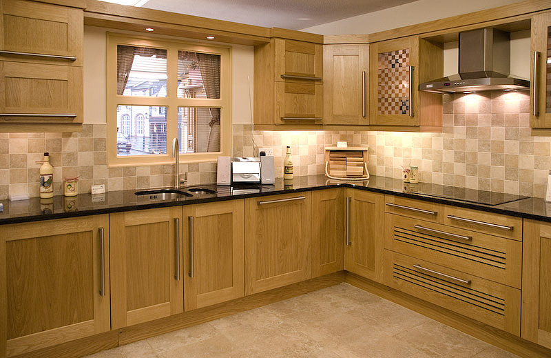 Modern Kitchens With Oak Cabinets Images